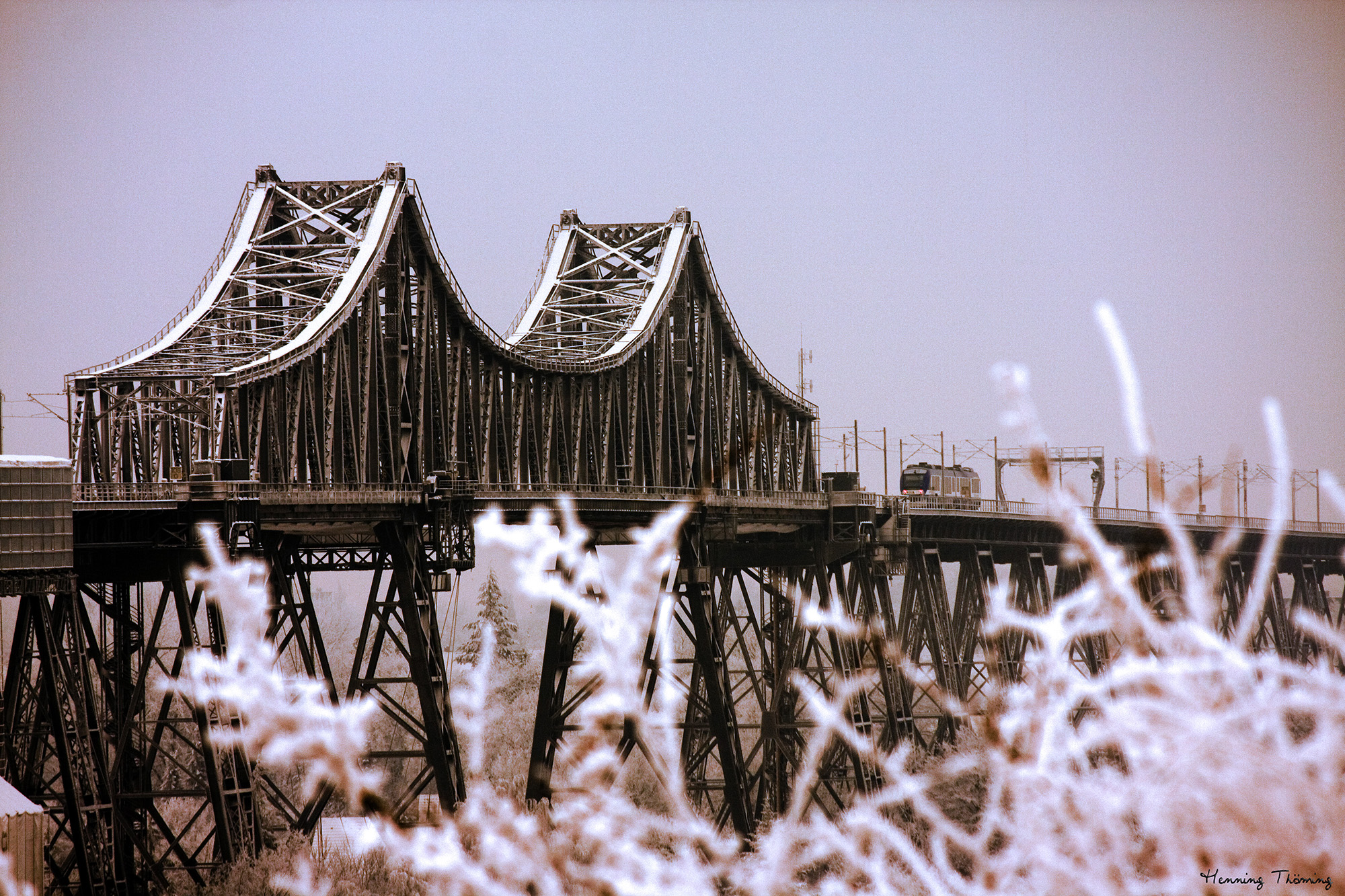 Hochbrücke im Winter